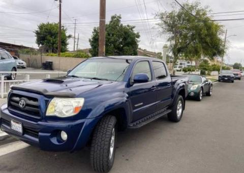 2006 Toyota Tacoma PreRunner 4.0L 1.Owner Carfax