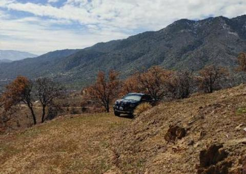 19 acres on a paved road in Piute Meadows North